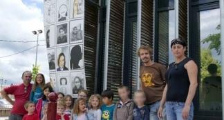 Les « portraits d'enfants » s'affichent à la médiathèque