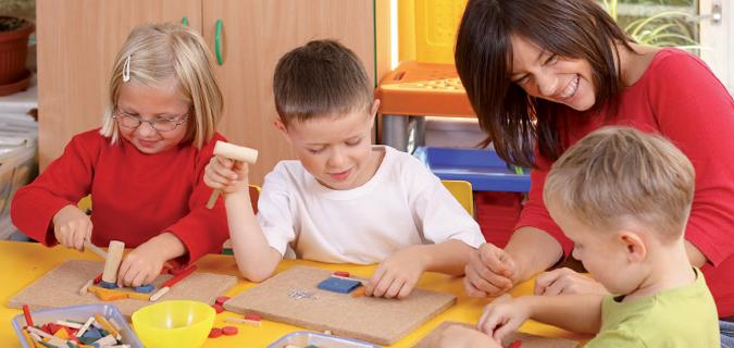 LEC petit enfance accueil loisirs centre activite peri scolaire bebe jeune adolescent enfant  Garderie