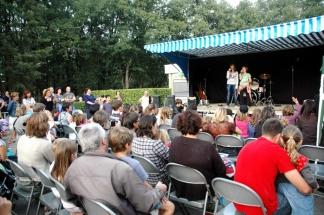 LEC petit enfance accueil loisirs centre activite peri scolaire bebe jeune adolescent enfant Scène concert