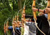 LEC tous publics petit enfance accueil loisirs centre activite peri scolaire bebe jeune adolescent adulte senior inter generationnel enfant Pratique du tir à l'arc