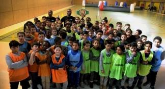 Les enfants se sont entraînés durant deux heures avec des champions sportifs. /DDM Nathalie de Saint Affre